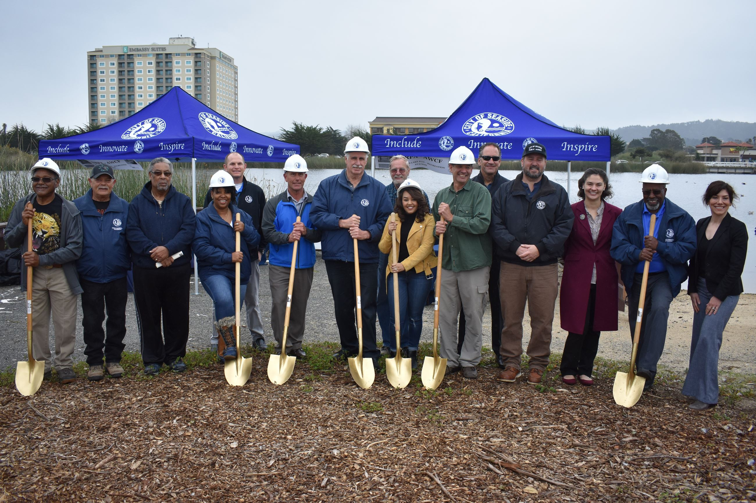 City staff, participants and Council members at Robert's Lake groundbreaking